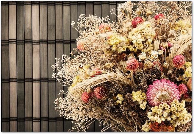 ドライフラワーの大きな花束