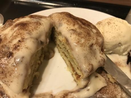タリーズのパンケーキ・ラムレーズンバニラ