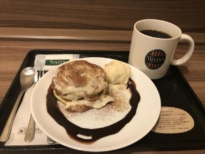 タリーズのパンケーキとホットコーヒー