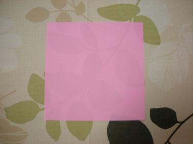 ハートを折る折り紙