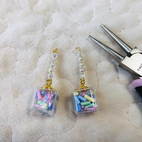 ガラスドームのイヤリングの作り方・手順4