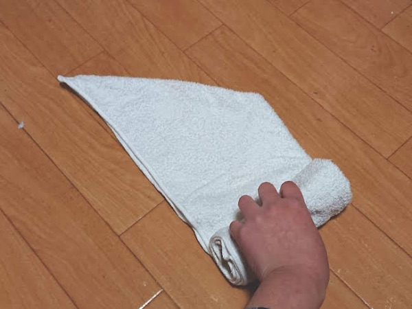 タオルをホテル風に丸めるたたみ方の手順5