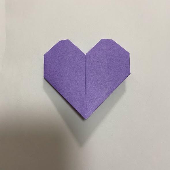 折り紙で作ったハートのお手紙