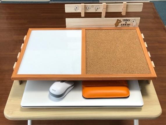 ダイソーの材料で自作したノートパソコン収納ラック