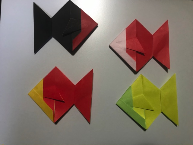 金魚の折り紙 平面