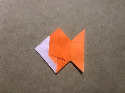 金魚の折り紙出来上がり
