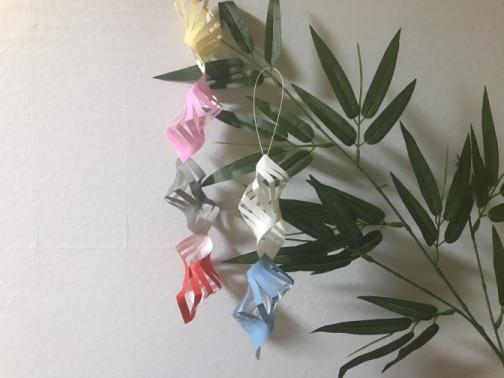 七夕飾りの折り紙の貝殻つなぎ