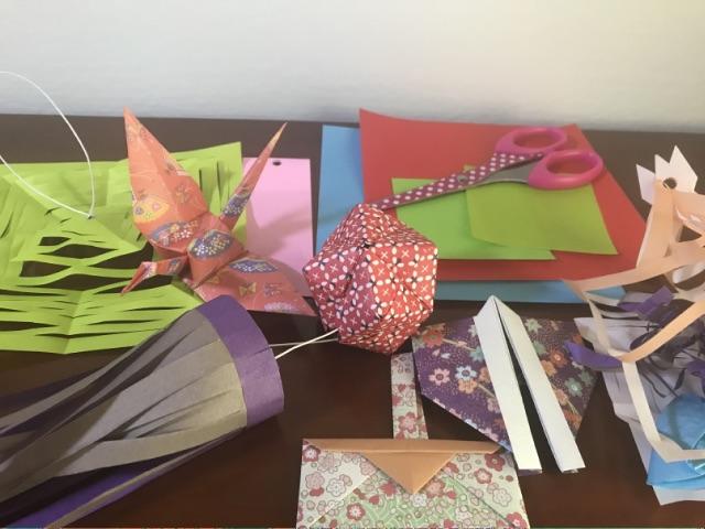 仙台七夕飾りを折り紙で作成
