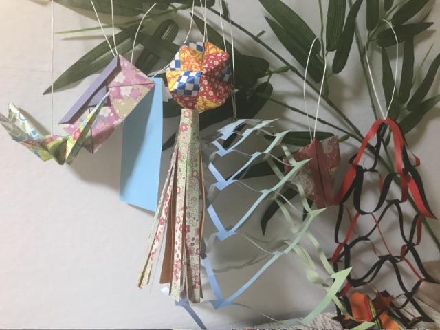 仙台七夕飾りの折り紙 笹飾り