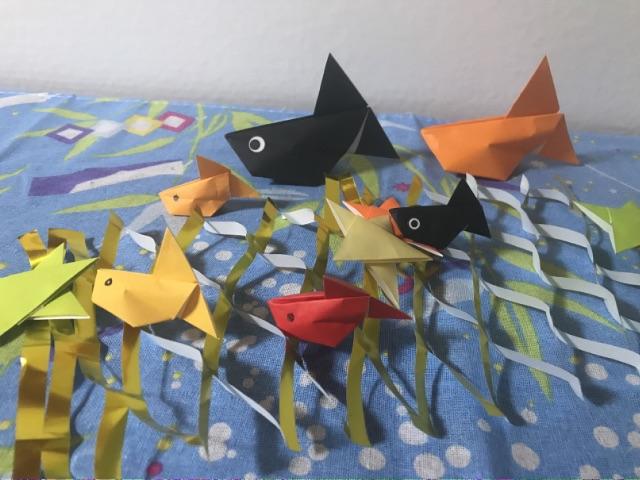 七夕飾り折り紙の天の川と金魚